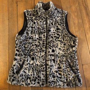 Cold water creek faux fur vest size l animal print